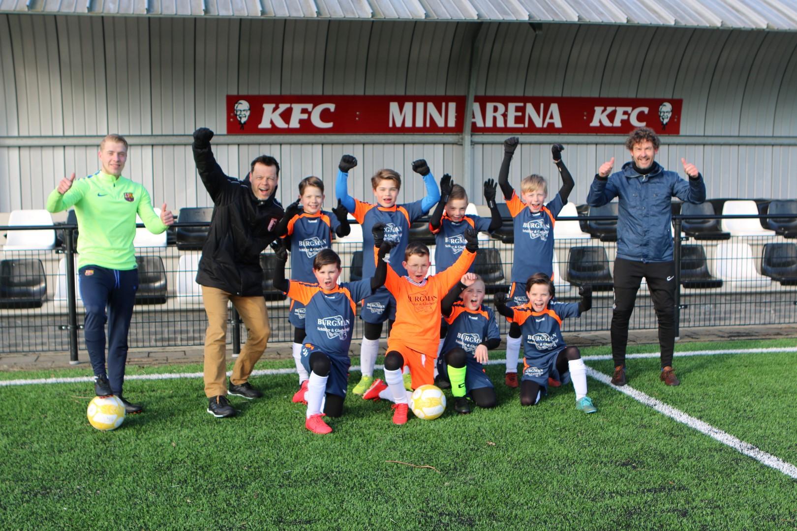 Technical Soccer Coaching geeft clinic Berkum