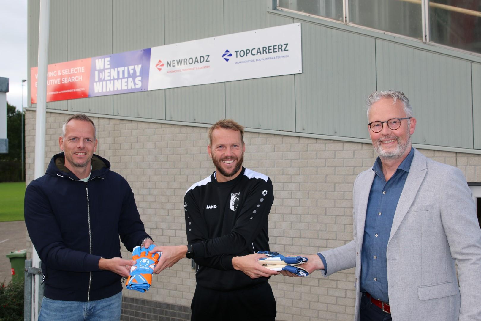 TopCareerz en Flier Sport & Fashion sponsoren jeugdkeepers