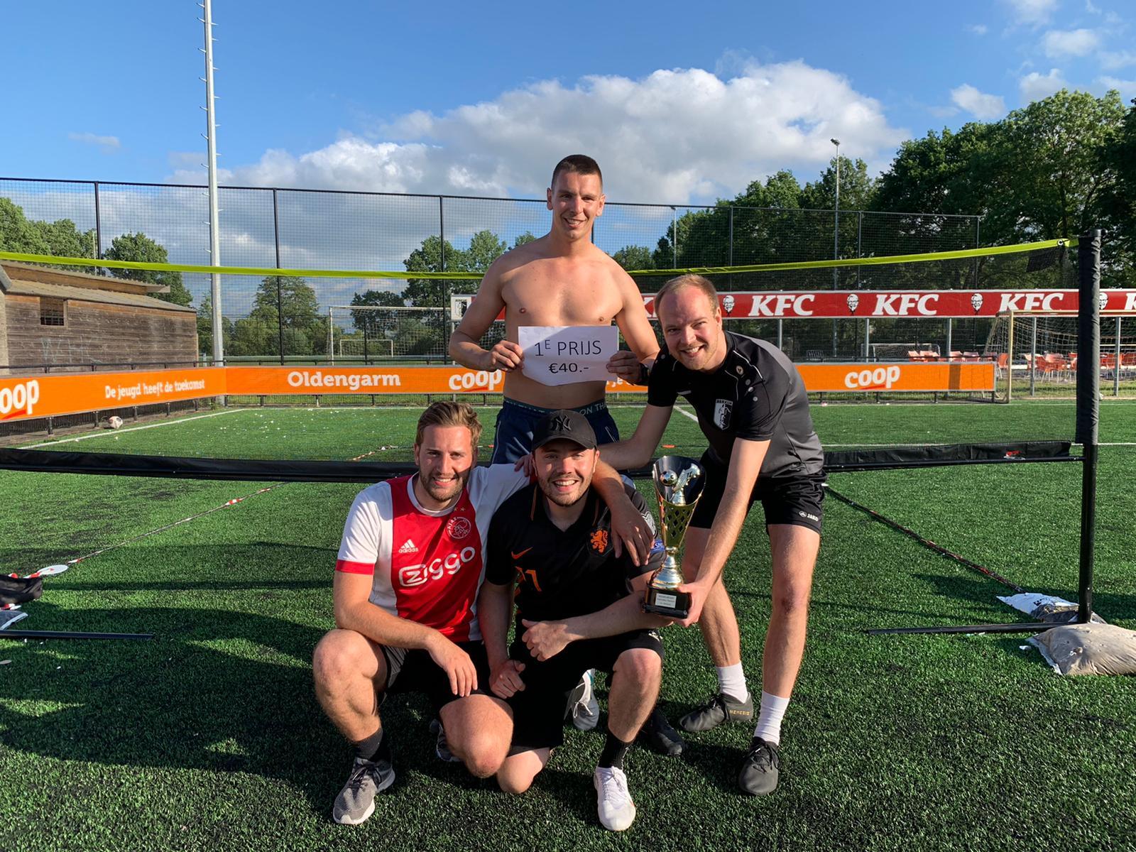 De Pummels pakken Voetvolley titel VV Berkum 2021